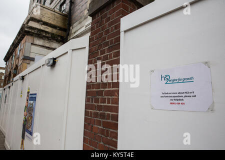 London, UK. 13th January, 2018. Boards around the site of the former St James's Gardens which was closed to facilitate - Stock Photo