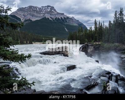Athabasca Falls, Icefields Parkway, Banff National Park, Alberta, Canada. - Stock Photo