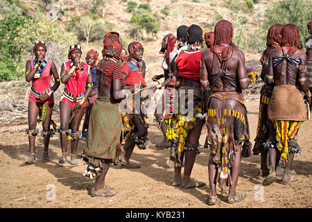 Hamer Tribe Women Dancing During Bull Jumping Ceremony, Tu