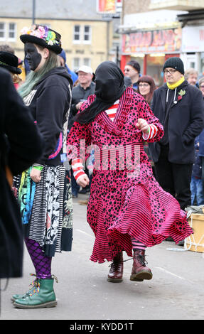Whittlesey, Cambridgeshire, UK. 13th Jan, 2018. Dancing gets underway at The Straw Bear Festival procession in Whittlesey, - Stock Photo