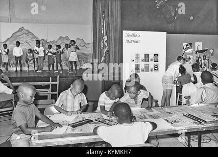 Children at Anacostia Neighborhood Museum 8722704037 o - Stock Photo
