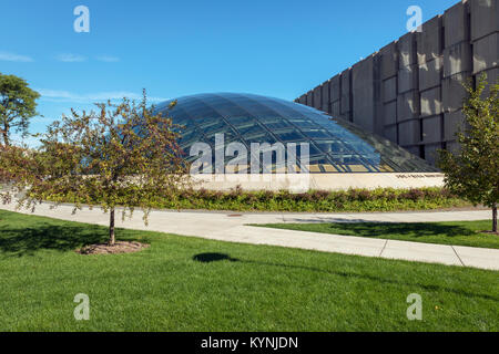 Chicago, IL - September 20, 2015 - Joe and Rika Mansueto Library at the University Of Chicago - Stock Photo