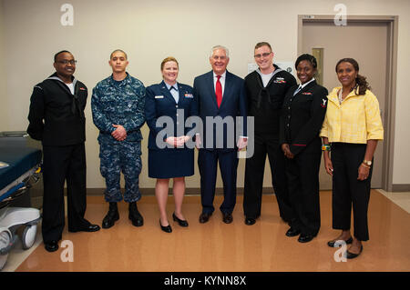 U.S. Secretary of State Rex Tillerson visits Walter Reed National Military Medical Center in Bethesda, Maryland - Stock Photo