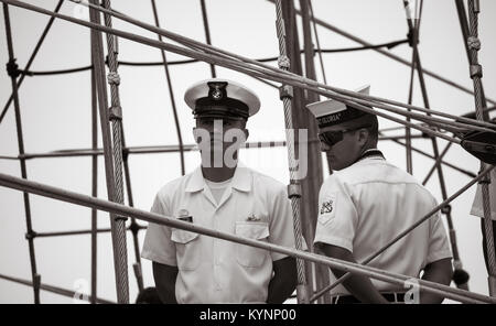 Crew on Colombian navy training ship, ARC Gloria, official flagship of the Columbian navy. - Stock Photo