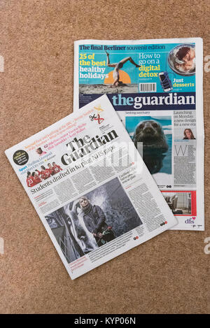 London, UK. 15th Jan, 2018. The new tabloid-sized format of The Guardian newspaper is seen with the final published - Stock Photo