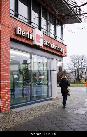 Berlin, Germany. 11th Jan, 2018. A person walks past the Verdi Regional Office Berlin-Brandenburg in Berlin, Germany, - Stock Photo