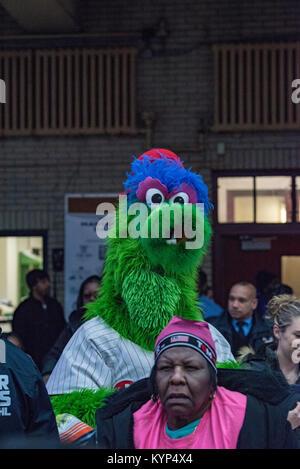Philadelphia, Pennsylvania, USA. 15th Jan, 2018. The Philly Phanatic moves through the crowds at Girard College - Stock Photo