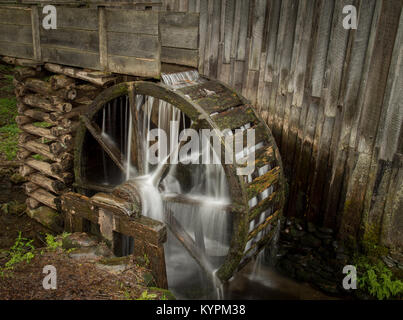 Cable Mill in Cade's Cove, Great Smoky Mountains National Park, Tennessee, USA. - Stock Photo