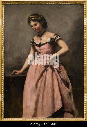 Jeune femme a la robe rose