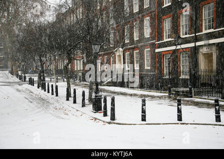 Snowing at Kings Bench Walk, Inner Temple London - Stock Photo