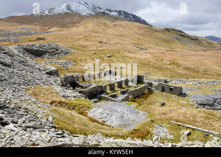 Old ruins of Rhosydd slate quarry mill on level three at top of site below Moelwyn Mawr in Snowdonia Tanygrisiau - Stock Photo
