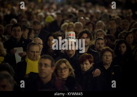 Jan 16, 2018. Barcelona, Catalonia, Spain - Demonstrators during a march calling for the release of Catalan separatist - Stock Photo