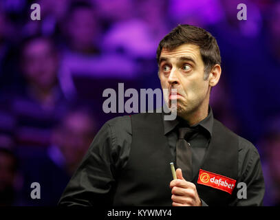 London, UK. 16th Jan, 2018. Ronnie O'Sullivan of England reacts during the first round match with Marco Fu of Hong - Stock Photo