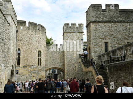London, UK. 22nd Aug, 2017. Picture of the Tower of London taken in London, United Kingdom, 22 August 2017. Credit: - Stock Photo