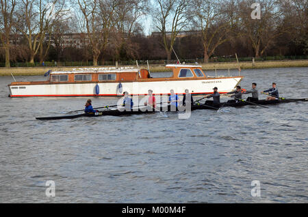 London, UK. 17th Jan, 2017. Scullers out practicing in wintery conditions near Putney Bridge. Credit: JOHNNY ARMSTEAD/Alamy - Stock Photo