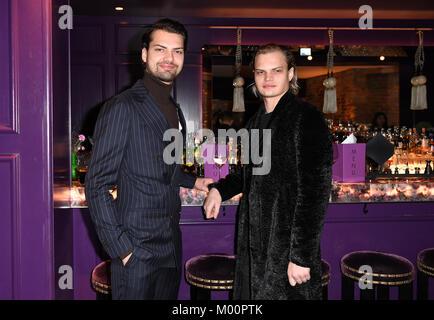 Berlin, Germany. 15th Jan, 2018. The actors Jimi Blue Ochsenknecht (L) and Wilson Gonzalez Ochsenknecht attend the - Stock Photo