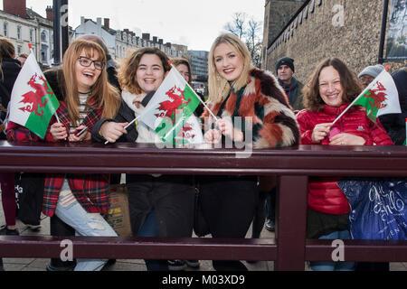 Cardiff Castle, Cardiff, Wales, UK. 18th Jan, 2018. Ffion (CORR) Jefferies (CORR) 18 Student, Jimena-Lucia (CORR) - Stock Photo