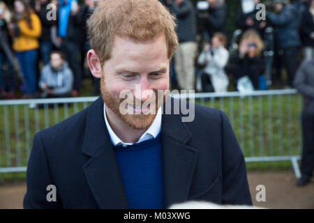 Cardiff, Wales, UK. 18th Jan, 2018. Prince Harry and Ms Meghan Markle greeting fans as they visit cardiff castle. - Stock Photo