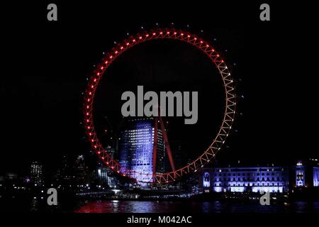 London, UK. 18th Jan, 2018. London 18th Jan 2018. The London Eye is lit up as part of Lumiere London festival 2018, - Stock Photo