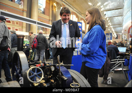 London, UK. 19th January, 2018. Stephen Metcalf MP (Government Envoy for 'The Year of Engineering' visited the London - Stock Photo