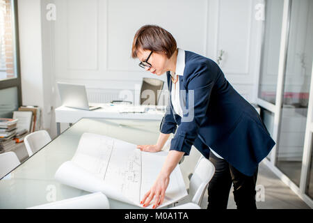 Senior architect at the office - Stock Photo