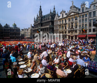 Outdoor cafe in the Grand Place, Brussels, Belgium. - Stock Photo