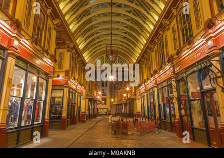 LONDON, GREAT BRITAIN - SEPTEMBER 18, 2017: The gallery of Leadenhall market at night. - Stock Photo