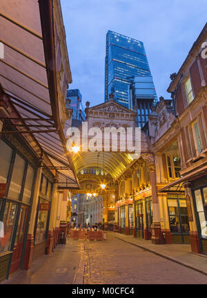 LONDON, GREAT BRITAIN - SEPTEMBER 18, 2017: The Leadenhall market and Leadenhall tower at dusk. - Stock Photo