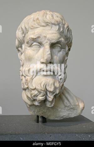 Marble head of Epikouros Roman 2nd century AD, The Metropolitan Museum of Art (The Met), Upper Manhattan, New York - Stock Photo