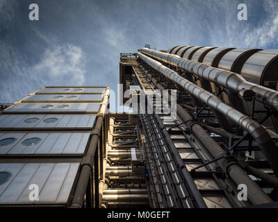 Lloyds Building London - home of the insurance institution Lloyd's of London, opened in 1986, architect Richard - Stock Photo