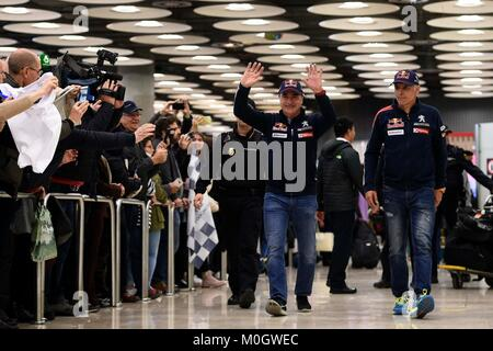Madrid, Spain. 22nd Jan, 2018. Pilot Carlos Sainz and his co-driver Lucas Cruz at the Madrid airport after winning - Stock Photo
