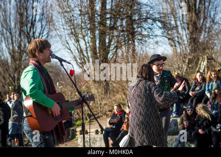 A singer performs in Mauer Park, Prenzlauer Berg, Berlin. - Stock Photo
