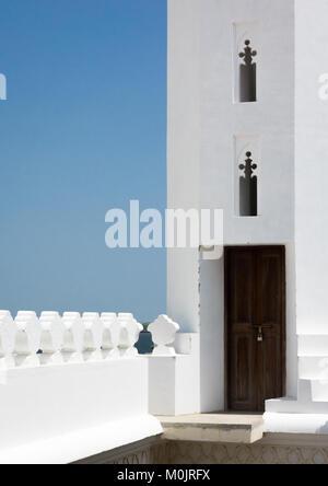 Minaret of the new mosque, Masjid Rawdha, Lamu island, Kenya - Stock Photo