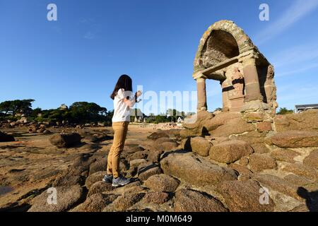 France,Cotes d'Armor,Perros Guirec,Ploumanac'h,Pink Granite coast (cote de Granit Rose),the oratory of Saint Guirec - Stock Photo