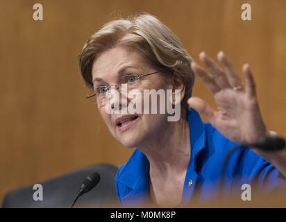 January 23, 2018 - Washington, District of Columbia, U.S. - United States Senator Elizabeth Warren (Democrat of - Stock Photo