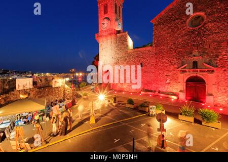 France,Alpes Maritimes,Cannes,Le Suquet Quarter,Place Chanoine Paul Grau,Church of Our Lady of Hope - Stock Photo