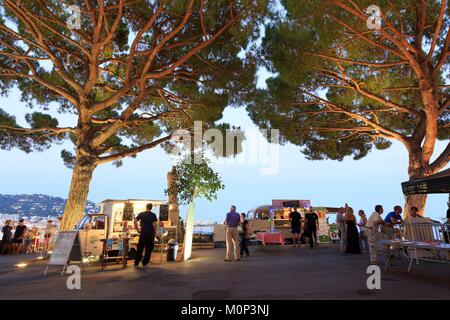 France,Alpes Maritimes,Cannes,Le Suquet district,rue de La Castre - Stock Photo