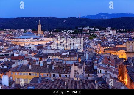 France,Bouches du Rhone,Aix en Provence,Palais Verdun,courthouse and Saint Jean de Malte church (XIIIth),historical - Stock Photo