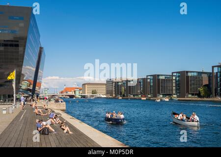 Denmark,Zealand,Copenhagen,the canal and extension of the Royal Library nicknamed the Black Diamond designed by - Stock Photo
