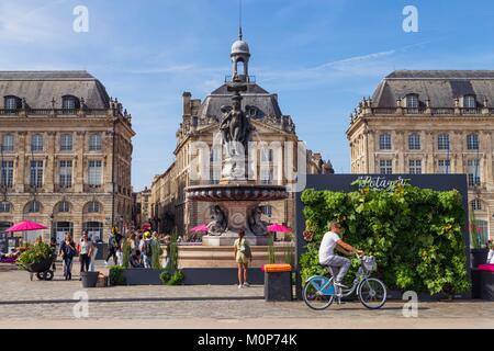 France,Gironde,Bordeaux,area listed as World Heritage by UNESCO,Place de la Bourse,the vegetable garden in the city - Stock Photo