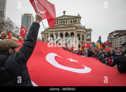 Frankfurt am Main, Germany. 24th Jan, 2018. Protesters waving Turkish flags during a rally in front of the Alte - Stock Photo