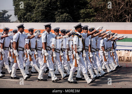 Kolkata, India. 23rd Jan, 2018. A contingent marches during the full dress rehearsal parade ahead of India's Republic - Stock Photo