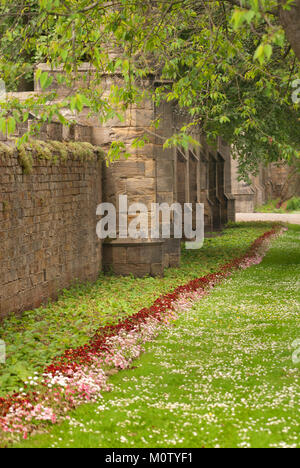 Wall in grounds of Auckland Castle, Bishop Auckland, County Durham - Stock Photo