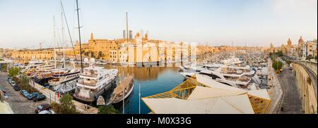 Malta,Valletta,listed as World Heritage by UNESCO,the Three Cities,seen from the city of Birgu on the Isla - Stock Photo