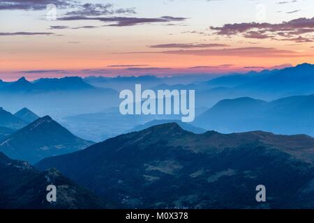France,Isere,Vercors Regional Natural Park,National Nature Reserve of the Vercors Highlands,panorama from the top - Stock Photo