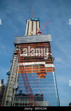 Construction in and around the Hudson Yards development, including Brookfield's Manhattan Westin New York  in New - Stock Photo
