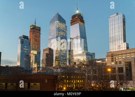 10 Hudson Yards, center, and other Hudson Yards development in New York on Friday, January 19, 2018. (© Richard - Stock Photo
