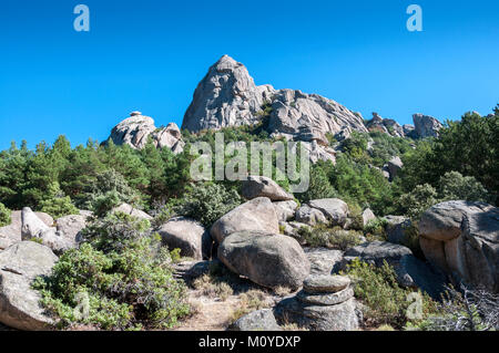 Views of El Pajaro (The bird) peak, in La Pedriza, Guadarrama Mountains National Park, province of Madrid, Spain - Stock Photo