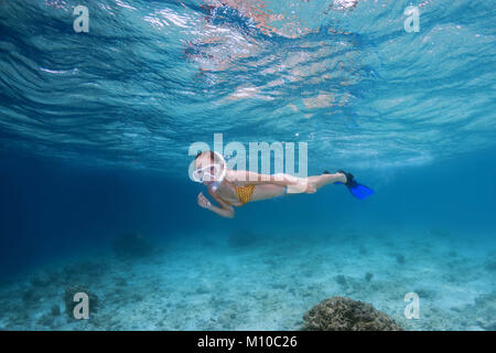 Indian Ocean, Maldives. 29th Aug, 2017. A teenage girl swims under water in a mask and fins Credit: Andrey Nekrasov/ZUMA - Stock Photo
