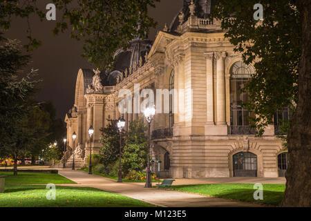 Petit Palais,Municipal Museum of Fine Arts,Musée des Beaux-Arts de la Ville de Paris,by night,Paris,France - Stock Photo